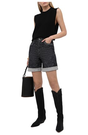Женские джинсовые шорты CHLOÉ темно-серого цвета, арт. CHC21SDS01157 | Фото 2 (Материал внешний: Хлопок, Деним; Принт: С принтом; Кросс-КТ: Деним; Стили: Кэжуэл; Женское Кросс-КТ: Шорты-одежда; Длина Ж (юбки, платья, шорты): До колена)