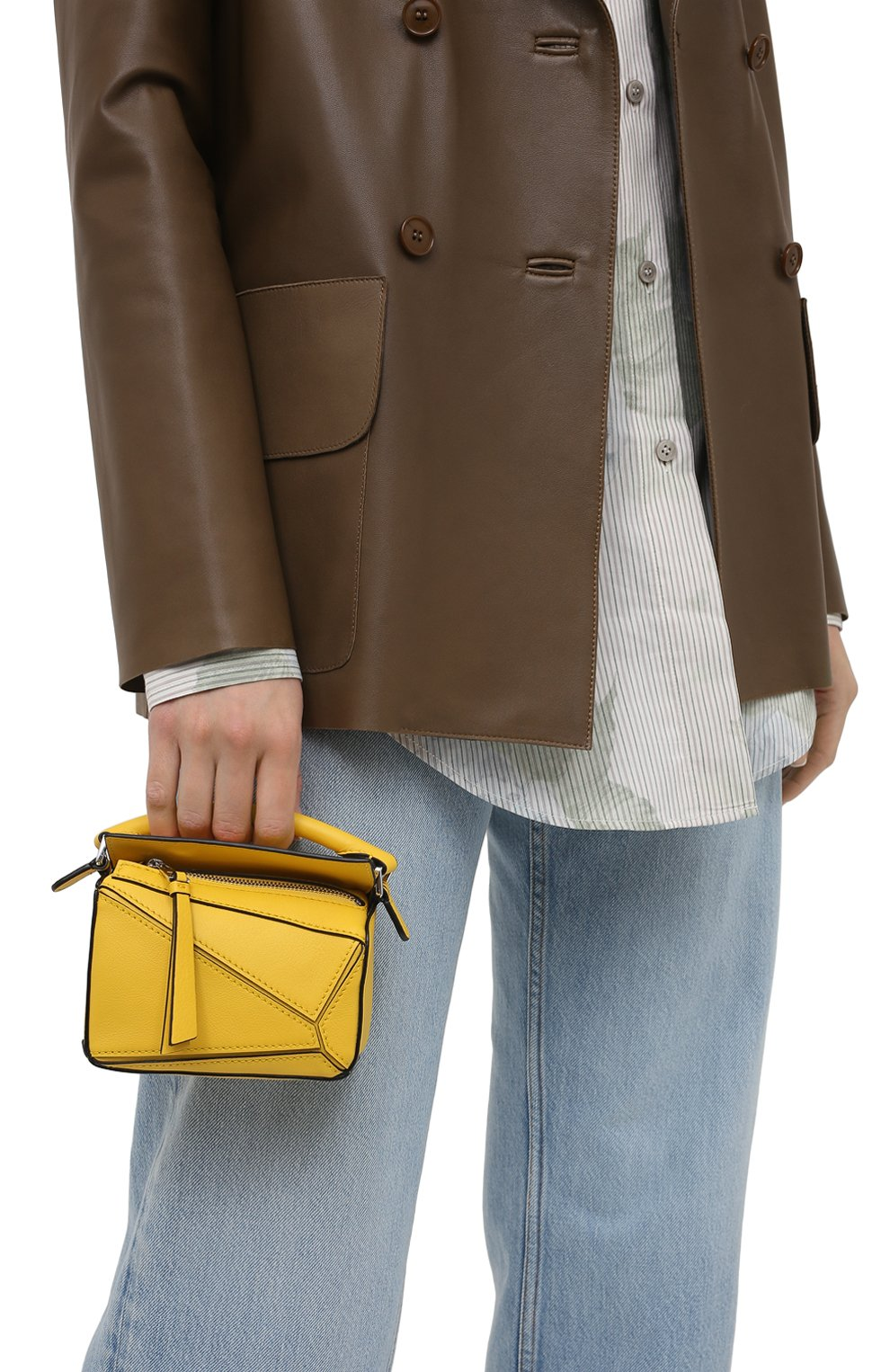 Женская сумка puzzle nano LOEWE желтого цвета, арт. A510U98X01 | Фото 2 (Ремень/цепочка: С цепочкой, На ремешке; Сумки-технические: Сумки top-handle; Материал: Натуральная кожа; Размер: mini)