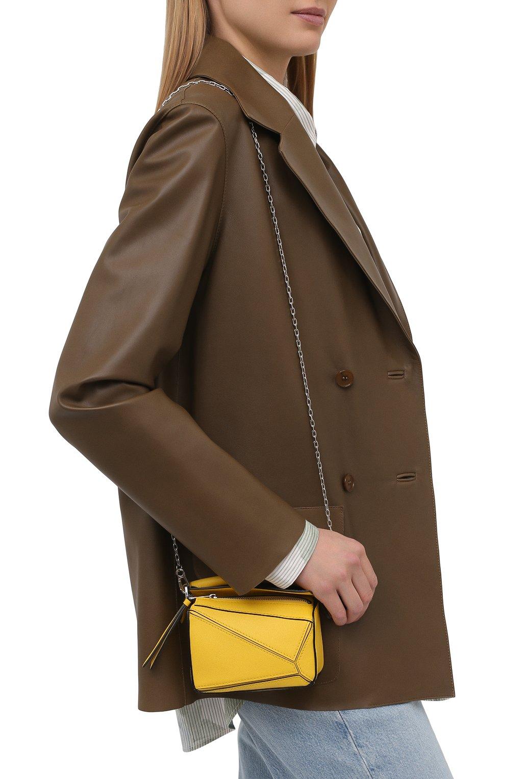 Женская сумка puzzle nano LOEWE желтого цвета, арт. A510U98X01 | Фото 5 (Ремень/цепочка: С цепочкой, На ремешке; Сумки-технические: Сумки top-handle; Материал: Натуральная кожа; Размер: mini)