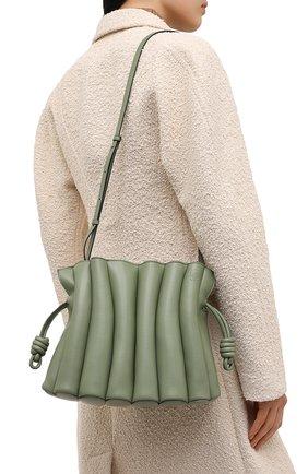 Женская сумка flamenco LOEWE зеленого цвета, арт. A411FC4X01   Фото 5 (Сумки-технические: Сумки через плечо; Размер: medium; Материал: Натуральная кожа; Ремень/цепочка: На ремешке)