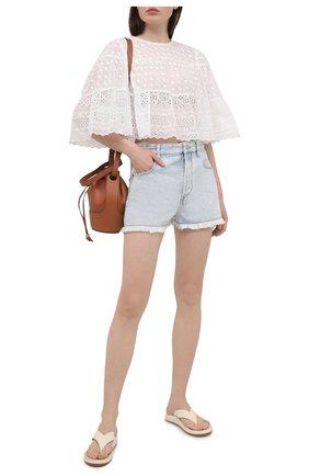 Женские джинсовые шорты ISABEL MARANT ETOILE голубого цвета, арт. SH0372-21P019E/LESIASR | Фото 2 (Длина Ж (юбки, платья, шорты): Мини; Материал внешний: Хлопок; Женское Кросс-КТ: Шорты-одежда; Кросс-КТ: Деним; Стили: Кэжуэл)
