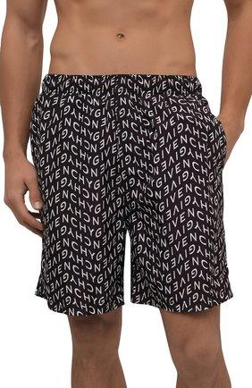 Мужские плавки-шорты GIVENCHY черного цвета, арт. BMA00J1Y9A | Фото 2 (Материал внешний: Синтетический материал; Мужское Кросс-КТ: плавки-шорты; Принт: С принтом)