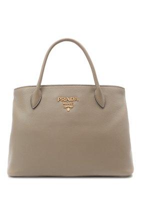 Женская сумка PRADA серого цвета, арт. 1BA579-2BBE-F0572-NOX | Фото 1 (Материал: Натуральная кожа; Ремень/цепочка: На ремешке; Сумки-технические: Сумки top-handle, Сумки через плечо)