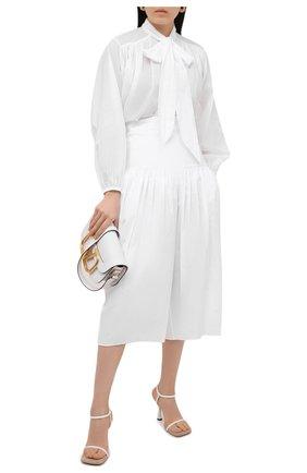 Женские хлопковые брюки ALEXANDRE VAUTHIER белого цвета, арт. 211PA1404 0191-1008 | Фото 2