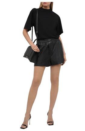 Женские кожаные шорты ALEXANDER WANG черного цвета, арт. 1WC2214366 | Фото 2
