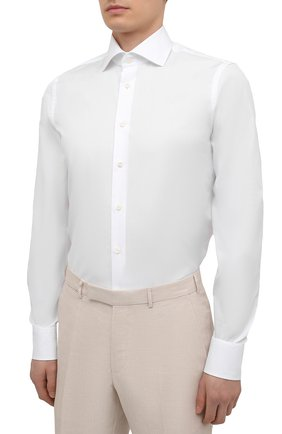 Мужская хлопковая сорочка VAN LAACK белого цвета, арт. RIVARA-LSF/130648   Фото 3 (Манжеты: На пуговицах; Рукава: Длинные; Воротник: Акула; Длина (для топов): Стандартные; Рубашки М: Slim Fit; Материал внешний: Хлопок; Стили: Классический; Случай: Формальный; Принт: Однотонные)