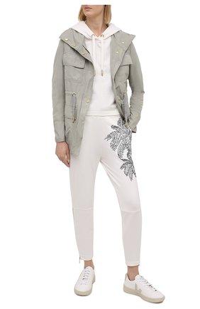 Женские хлопковые брюки LORENA ANTONIAZZI белого цвета, арт. P2139PA011/3187   Фото 2