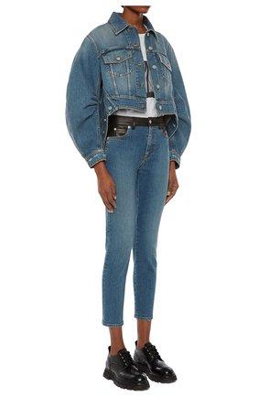 Женские джинсы ALEXANDER MCQUEEN синего цвета, арт. 653410/QZADD | Фото 2