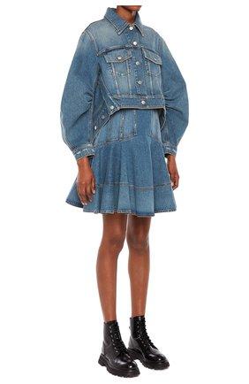 Женская джинсовая куртка ALEXANDER MCQUEEN синего цвета, арт. 657828/QMABC | Фото 2