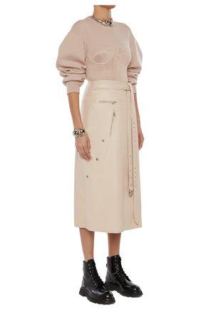 Женская замшевая юбка ALEXANDER MCQUEEN бежевого цвета, арт. 659798/Q5AGE | Фото 2