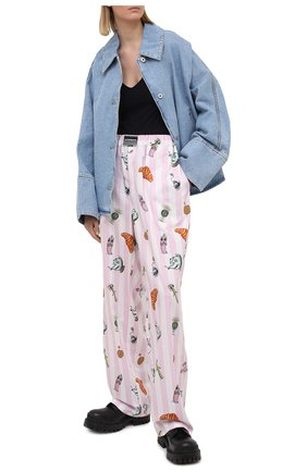 Женские хлопковые брюки VETEMENTS розового цвета, арт. UE51PA400P 2603/W | Фото 2