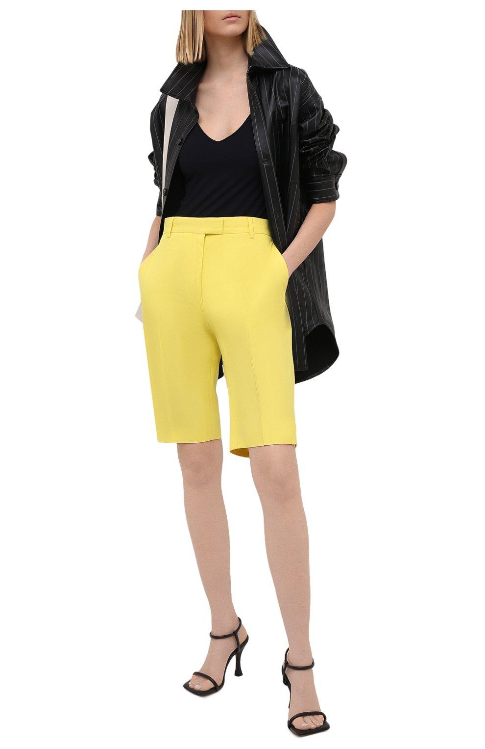 Женские шорты из хлопка и вискозы DRIES VAN NOTEN желтого цвета, арт. 211-10906-2109 | Фото 2