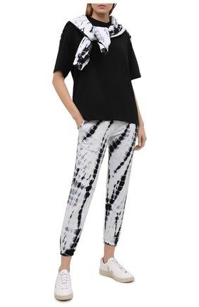 Женская хлопковая футболка ELECTRIC&ROSE черного цвета, арт. LFTP24 | Фото 2