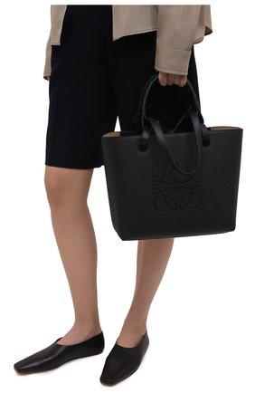 Женский сумка-тоут anagram small LOEWE черного цвета, арт. A717S72X03   Фото 2 (Материал: Натуральная кожа; Размер: small, medium; Сумки-технические: Сумки-шопперы; Ошибки технического описания: Нет ширины)