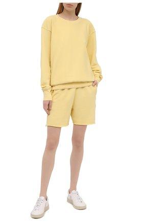 Женские хлопковые шорты LES TIEN желтого цвета, арт. CF-3000 | Фото 2