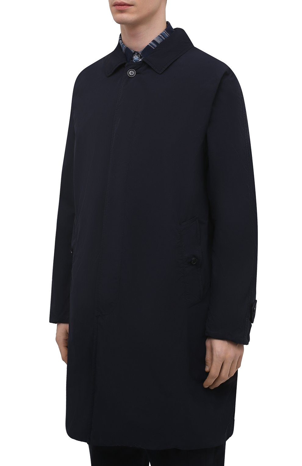 Мужской утепленный плащ ASPESI темно-синего цвета, арт. S1 I I108 F973 | Фото 3 (Мужское Кросс-КТ: Плащ-верхняя одежда; Рукава: Длинные; Длина (верхняя одежда): До середины бедра; Материал внешний: Синтетический материал; Материал подклада: Синтетический материал; Стили: Кэжуэл)