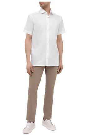 Мужская хлопковая сорочка VAN LAACK белого цвета, арт. RIVARA-S-TF02/150189 | Фото 2 (Рукава: Короткие; Материал внешний: Хлопок; Длина (для топов): Стандартные; Рубашки М: Regular Fit; Воротник: Акула; Случай: Формальный; Принт: Однотонные; Стили: Классический)
