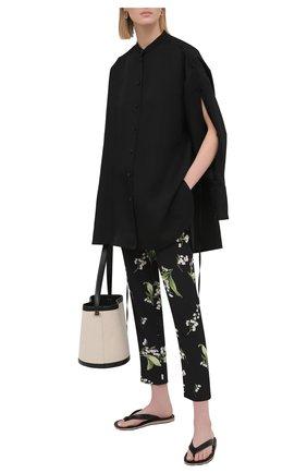Женские шелковые брюки REDVALENTINO черного цвета, арт. VR3RBA65/5M3 | Фото 2