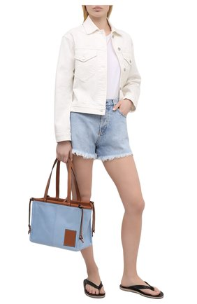 Женские джинсовые шорты TWO WOMEN IN THE WORLD голубого цвета, арт. D0NY/A1NG009 | Фото 2 (Длина Ж (юбки, платья, шорты): Мини; Материал внешний: Хлопок; Женское Кросс-КТ: Шорты-одежда; Кросс-КТ: Деним; Стили: Гранж)