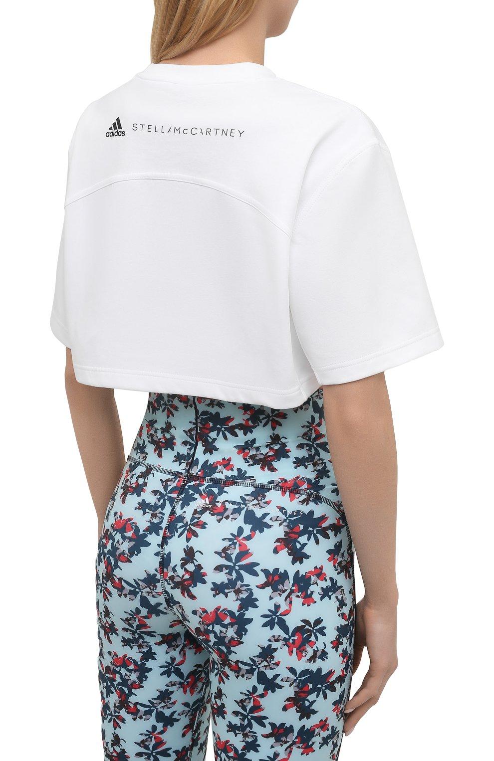 Женская футболка ADIDAS BY STELLA MCCARTNEY белого цвета, арт. GL7339   Фото 4 (Женское Кросс-КТ: Футболка-спорт, Футболка-одежда; Рукава: Короткие; Материал внешний: Синтетический материал, Хлопок; Принт: С принтом; Стили: Спорт-шик; Длина (для топов): Укороченные)