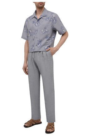 Мужские брюки из вискозы и льна GIORGIO ARMANI серого цвета, арт. 9SGPP05M/T00RJ | Фото 2 (Материал внешний: Вискоза, Лен; Длина (брюки, джинсы): Стандартные; Случай: Повседневный; Стили: Кэжуэл)