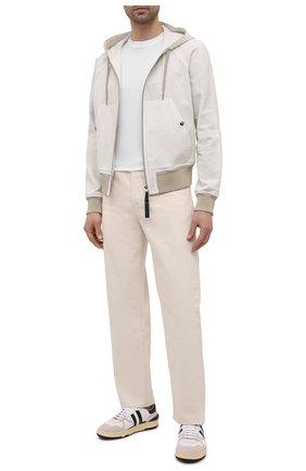 Мужской кожаный бомбер TOM FORD белого цвета, арт. BW447/TFL864 | Фото 2 (Материал подклада: Хлопок; Рукава: Длинные; Длина (верхняя одежда): Короткие; Кросс-КТ: Куртка; Мужское Кросс-КТ: Кожа и замша; Стили: Кэжуэл; Принт: Без принта)