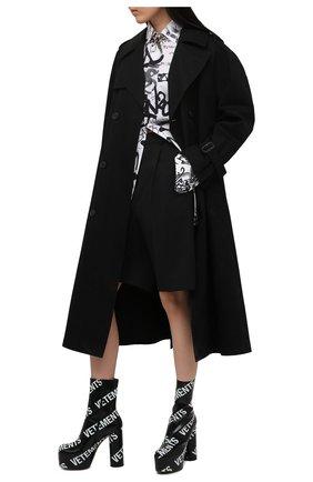 Женские кожаные ботильоны VETEMENTS черно-белого цвета, арт. WE51HE200B 2471 | Фото 2