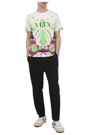 Мужская хлопковая футболка VALENTINO зеленого цвета, арт. VV3MG09P7B6 | Фото 2