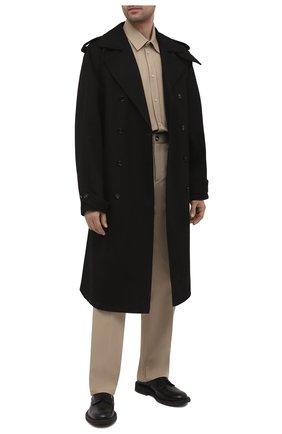 Мужские хлопковые брюки BOTTEGA VENETA бежевого цвета, арт. 651056/V07H0 | Фото 2 (Случай: Повседневный; Длина (брюки, джинсы): Стандартные; Стили: Минимализм; Материал внешний: Хлопок)