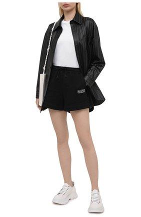 Женские хлопковые шорты GANNI черного цвета, арт. T2924 | Фото 2