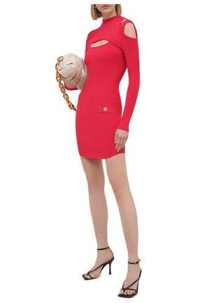 Женское платье из вискозы BALMAIN фуксия цвета, арт. VF0R8100/K211 | Фото 2