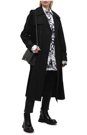 Женские кожаные ботинки ALEXANDER MCQUEEN черного цвета, арт. 657569/WHZ80 | Фото 2 (Подошва: Платформа; Материал внутренний: Натуральная кожа; Женское Кросс-КТ: Военные ботинки, Байкеры-ботинки; Каблук высота: Низкий)