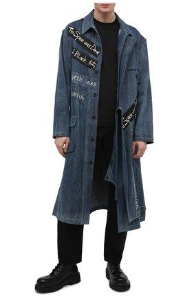 Мужской джинсовое пальто YOHJI YAMAMOTO синего цвета, арт. HD-B47-005 | Фото 2 (Рукава: Длинные; Длина (верхняя одежда): Длинные; Материал внешний: Хлопок; Стили: Гранж; Мужское Кросс-КТ: пальто-верхняя одежда)