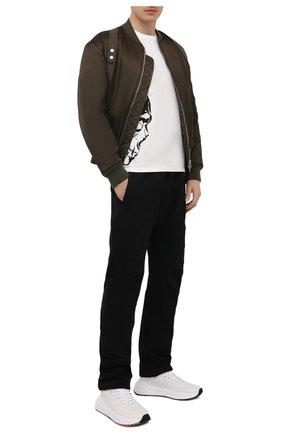 Мужская хлопковая футболка ALEXANDER MCQUEEN белого цвета, арт. 650423/QQZ65 | Фото 2 (Материал внешний: Хлопок; Длина (для топов): Стандартные; Рукава: Короткие; Принт: С принтом; Стили: Панк)