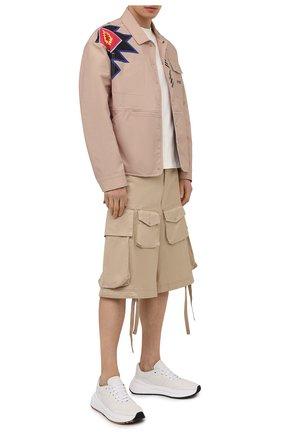 Мужские хлопковые шорты 2 moncler 1952 MONCLER GENIUS бежевого цвета, арт. G1-092-2B703-00-5499M | Фото 2 (Материал внешний: Хлопок; Длина Шорты М: Ниже колена; Мужское Кросс-КТ: Шорты-одежда; Принт: Без принта; Стили: Гранж)