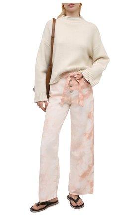 Женские джинсы TWO WOMEN IN THE WORLD светло-розового цвета, арт. LAREN/A1HR006 | Фото 2