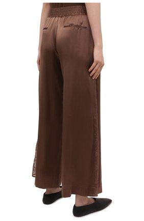 Женские шелковые брюки MAX&MOI коричневого цвета, арт. E21BRYA | Фото 4 (Силуэт Ж (брюки и джинсы): Широкие; Материал внешний: Шелк; Длина (брюки, джинсы): Стандартные; Женское Кросс-КТ: Брюки-одежда; Материал подклада: Вискоза; Стили: Романтичный)