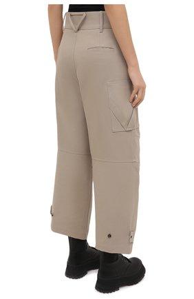 Женские хлопковые брюки BOTTEGA VENETA бежевого цвета, арт. 647711/V0BT0 | Фото 4