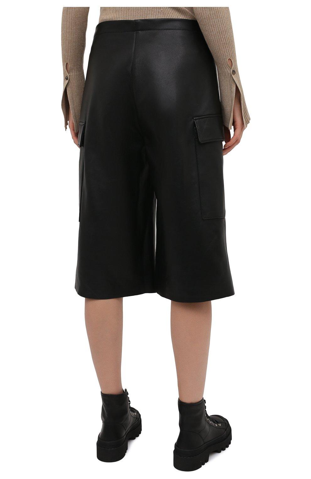 Женские кожаные шорты BATS черного цвета, арт. FW20/S_024 | Фото 4 (Женское Кросс-КТ: Шорты-одежда; Стили: Гламурный; Материал внешний: Синтетический материал; Кросс-КТ: Широкие; Длина Ж (юбки, платья, шорты): До колена; Материал подклада: Вискоза)