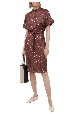 Женское платье TAK.ORI коричневого цвета, арт. DRT82024PL100SS21 | Фото 2 (Длина Ж (юбки, платья, шорты): До колена; Рукава: Короткие; Материал внешний: Синтетический материал; Стили: Кэжуэл; Женское Кросс-КТ: Платье-одежда, платье-рубашка; Случай: Повседневный)