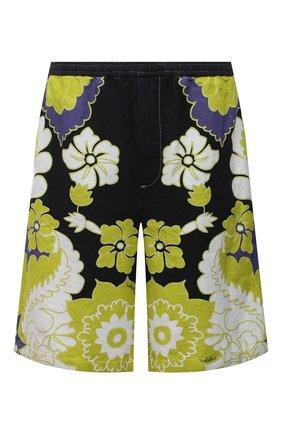 Мужские шорты VALENTINO разноцветного цвета, арт. VV3RDB157AM | Фото 1 (Материал внешний: Растительное волокно; Длина Шорты М: Ниже колена; Мужское Кросс-КТ: Шорты-одежда; Принт: С принтом; Стили: Кэжуэл)