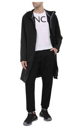 Мужские джоггеры MONCLER черного цвета, арт. G1-091-2A758-00-549JB | Фото 2