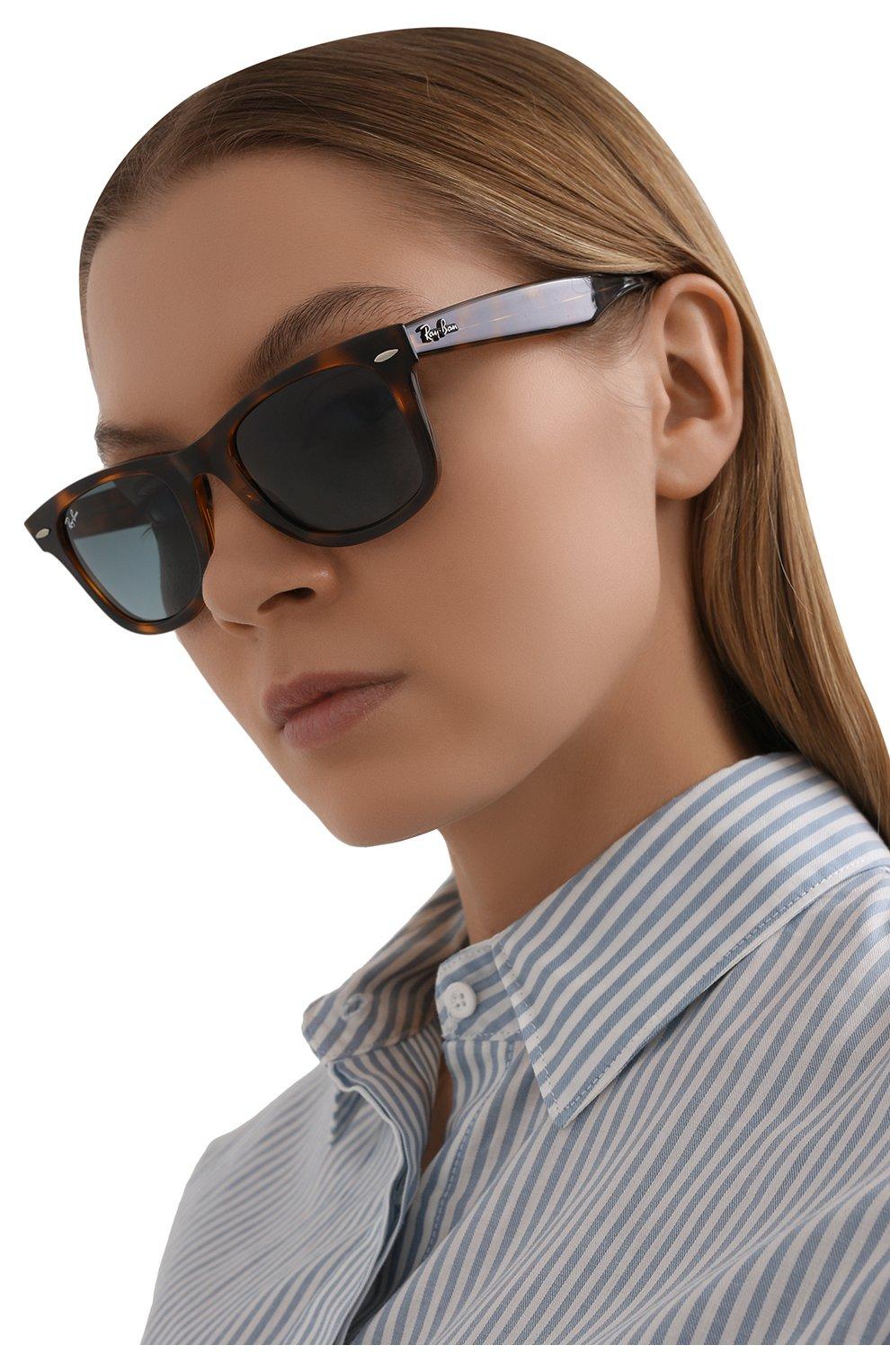 Женские солнцезащитные очки RAY-BAN коричневого цвета, арт. 4340-63973M   Фото 2