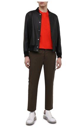 Мужские кожаные кеды ALEXANDER MCQUEEN белого цвета, арт. 645872/WHZ4P | Фото 2 (Материал внутренний: Натуральная кожа; Подошва: Массивная)