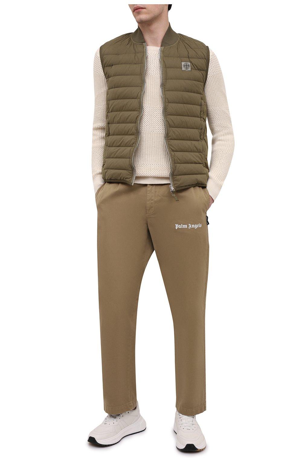Мужской пуховый жилет STONE ISLAND хаки цвета, арт. 7415G0225   Фото 2 (Кросс-КТ: Куртка, Пуховик; Материал внешний: Синтетический материал; Материал подклада: Синтетический материал; Длина (верхняя одежда): Короткие; Материал утеплителя: Пух и перо; Стили: Кэжуэл)