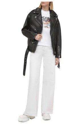 Женская хлопковая футболка VERSACE JEANS COUTURE белого цвета, арт. B2HWA7KA-WDP613/30457 | Фото 2
