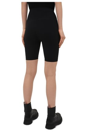 Женские шорты WARDROBE.NYC черного цвета, арт. W2003R02 | Фото 4