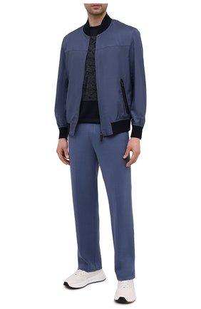 Мужские брюки из шелка и хлопка BRIONI синего цвета, арт. UMGL0L/P0K22   Фото 2 (Длина (брюки, джинсы): Стандартные; Материал внешний: Шелк, Хлопок; Случай: Повседневный; Мужское Кросс-КТ: Брюки-трикотаж; Стили: Спорт-шик)