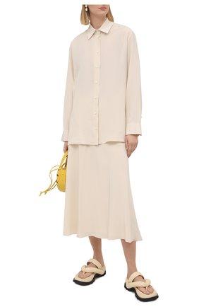 Женская шелковая юбка THE ROW кремвого цвета, арт. 5658W1099 | Фото 2