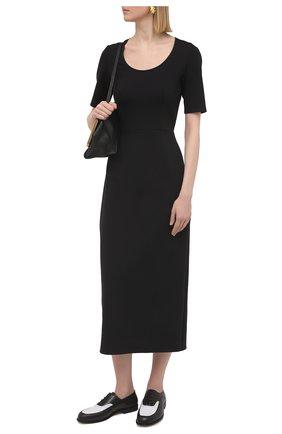 Женское платье THE ROW черного цвета, арт. 5730K106 | Фото 2 (Рукава: Короткие; Длина Ж (юбки, платья, шорты): Миди; Женское Кросс-КТ: Платье-одежда; Стили: Минимализм; Материал внешний: Синтетический материал; Случай: Формальный)